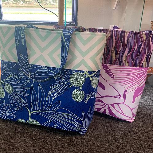 Hawaiian print tote bags