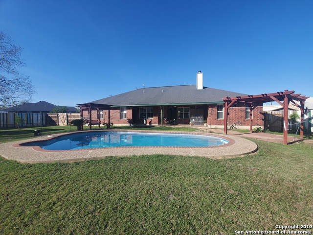 3 Bed, 3 Bath, .5 Acres, Lytle, TX