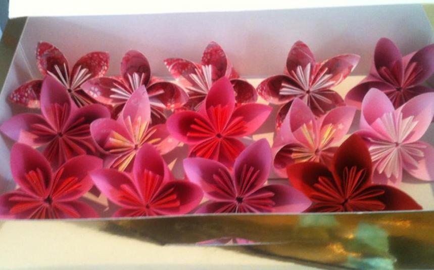 origami kawaii fleurs de cerisier origami. Black Bedroom Furniture Sets. Home Design Ideas