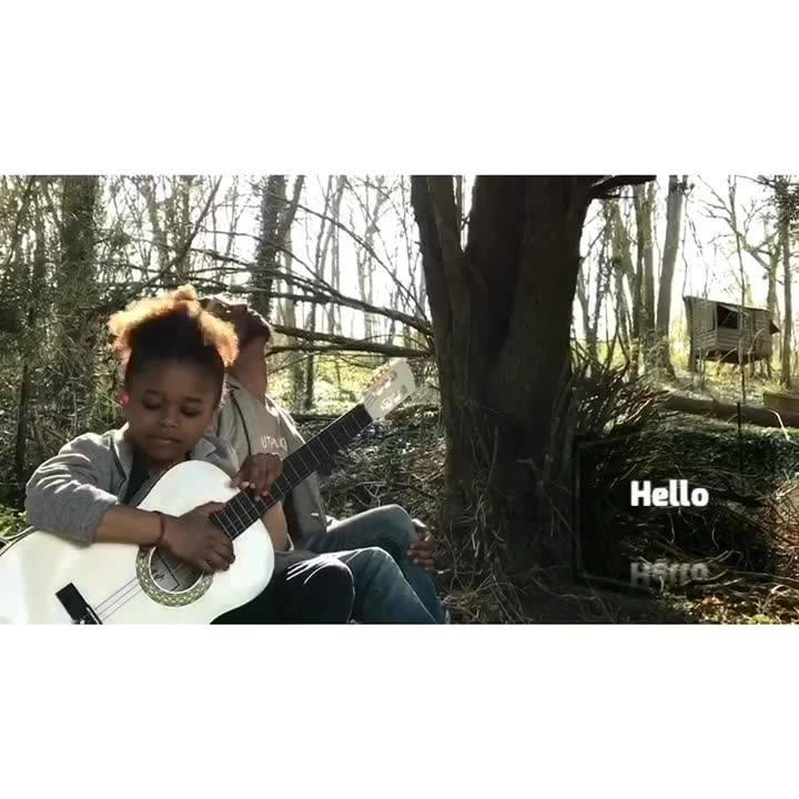 #Hello #love #guitare #family #inspiration  #sunnyday Ludovic Louis Marie @tiwonyrootsrebel @origineyes @waxxofficiel @audiotechnica_eu @rachel.blairy by #timilla