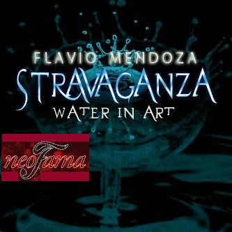 Flavio_Mendoza_y_su_cartelera_de_Stravag