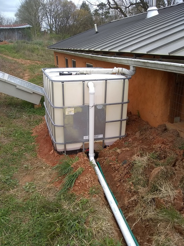 an inexpensive water catchment tank