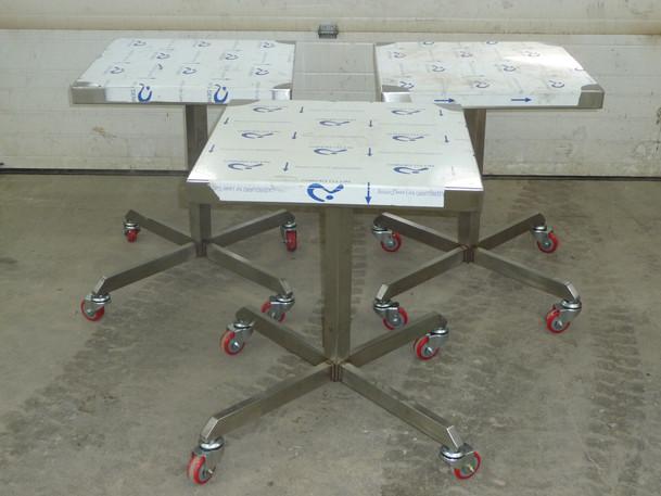 stainless steel tables 002.jpg