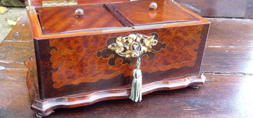 Mid 19thC  French Caddy