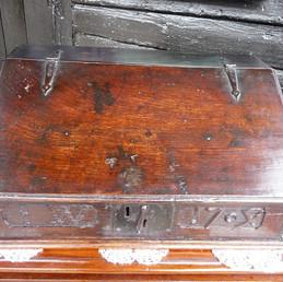Queen Anne,1704,Oak Box