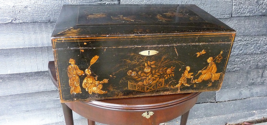 George III Chinoiserie box       £375