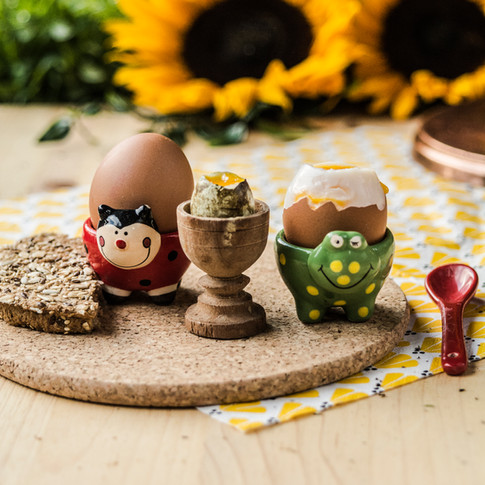 Soft boiled eggs with rye bread