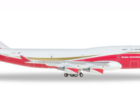 Herpa Global Supertanker Services Boeing 747-400 Supertanker 1:500