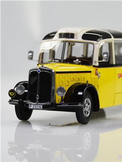Saurer Alpenwagen L4C IIIa PTT beige/gelb