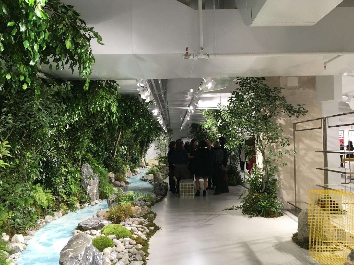 Showroom 11