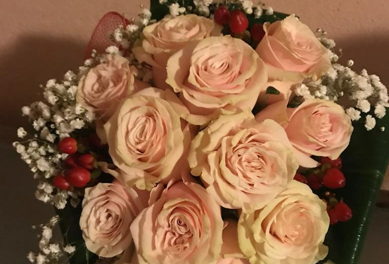 "BOUQUET ""DOLCEZZA"" 10 ROSE ROSA MONDIAL PINK"