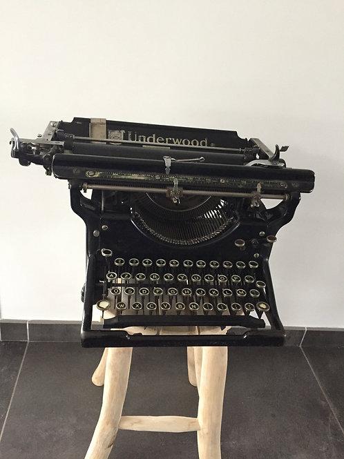Machine à écrire 1930