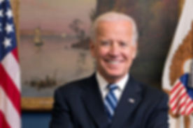 800px-Joe_Biden_official_portrait_2013.j