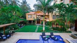 casa verano swimming pool & patio area