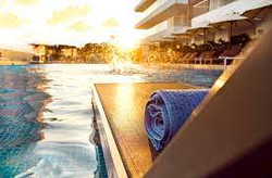 Hotel Mercur Pool Lounge