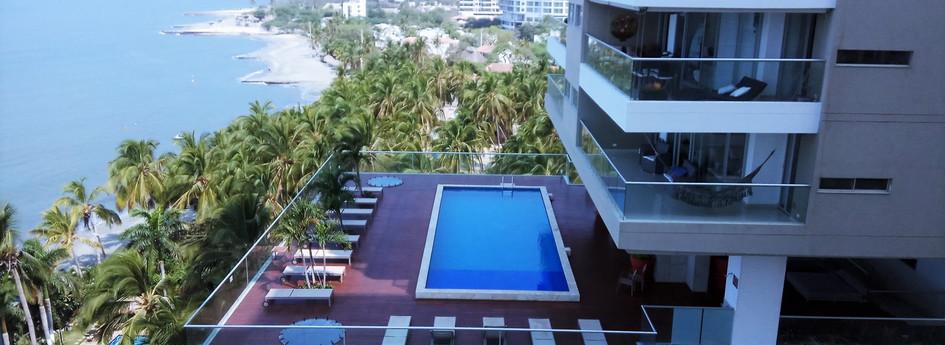 RDM 104 M2-7th floor pool.jpg