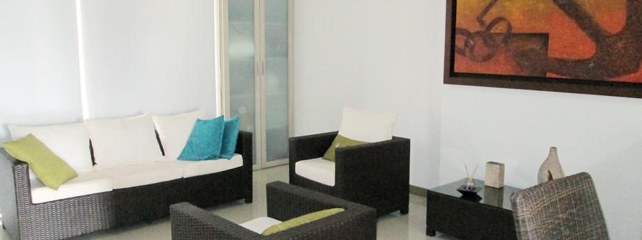 RDM 99-M2 -living room.jpg