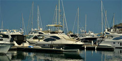Hotel Gran Marina Boats