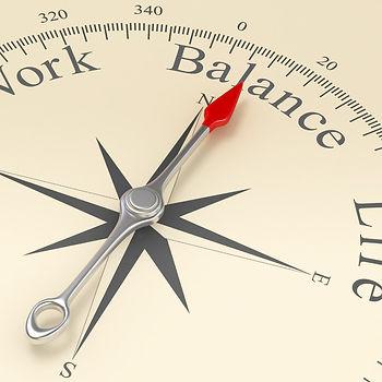 Kompass Quadratisch.jpg