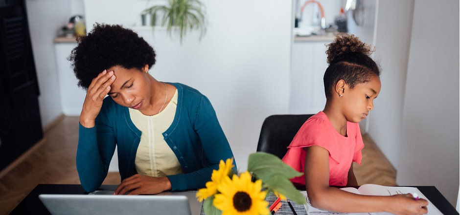 young-african-american-mother-looking-for-a-job-using-internet-picture-id1226092867 (5).jp