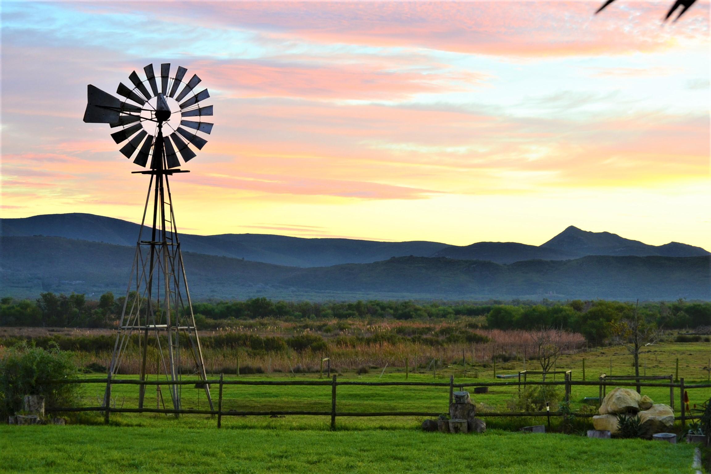 Sunrise at Duinefontein