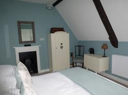 Shaftesbury Standard Guest Room