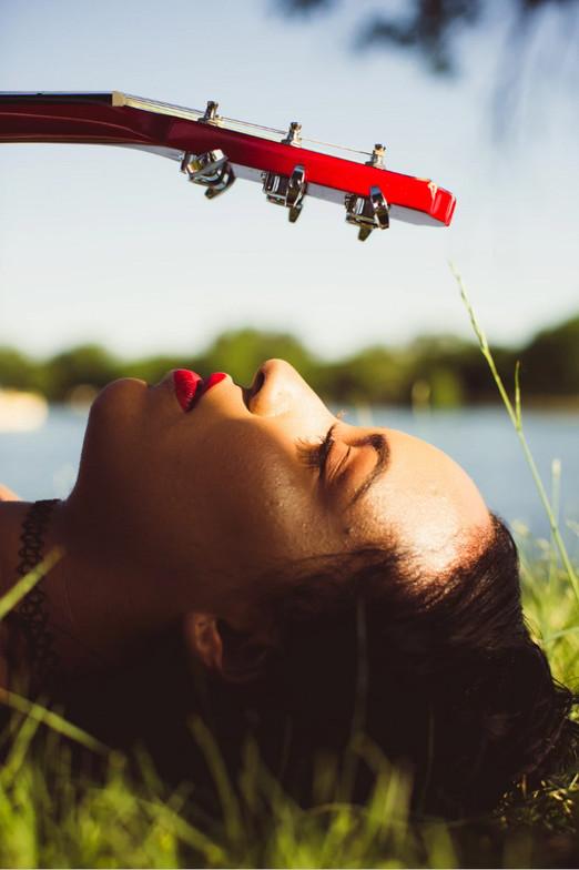singer song writer