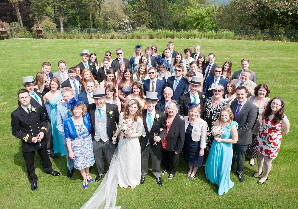 Which wedding group photos should I have?