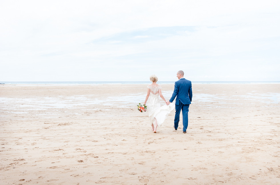 Wedding photographers at Bedruthen Steps Newquay