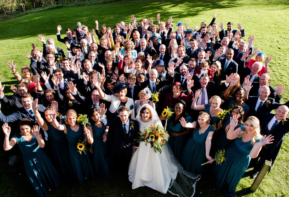 How to plan your wedding group photographs