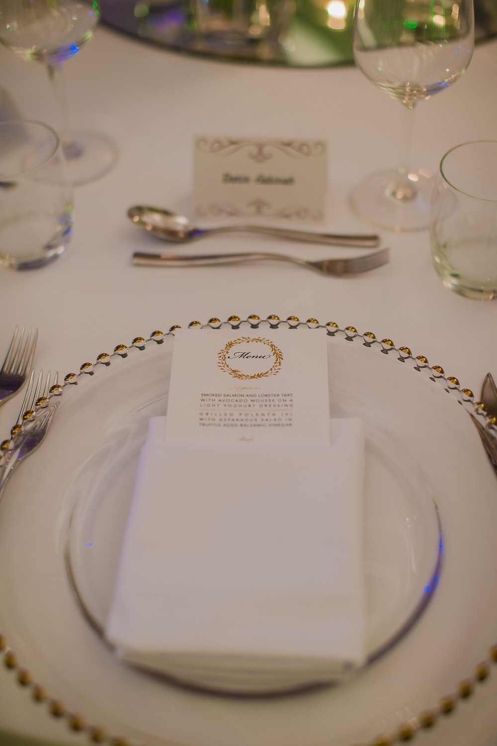 The Table was also dress up in Elegance Them, with Gold printing menu and gold cutlery.