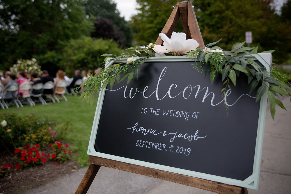 handmade wedding welcome sign at Buffalo Botanical Gardens
