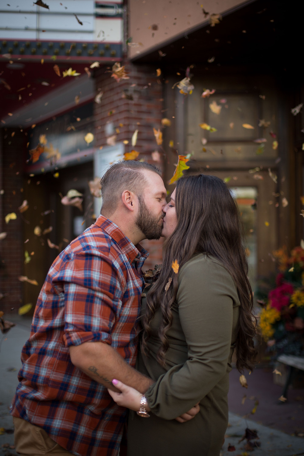 best fall foliage leaves falling east aurora ny theater engagement photo