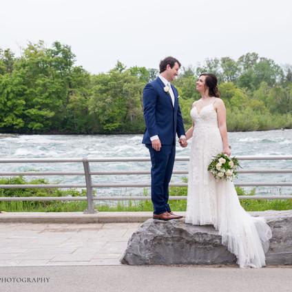Megan + Max's Intimate Niagara Falls Wedding
