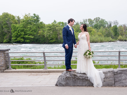 Megan + Max's Intimate Niagara Falls Wedding