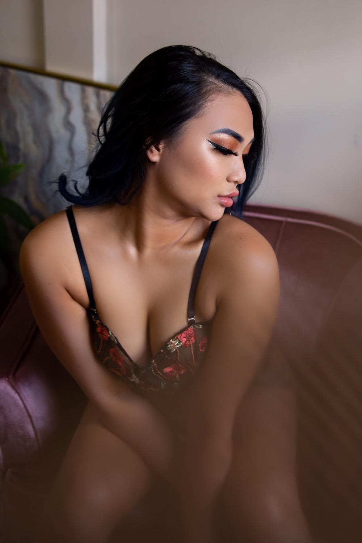 Buffalo NY boudoir studio sexy photo gift