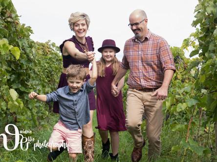 Family Photos at Heron Hill Winery on Keuka Lake | Hammondsport NY