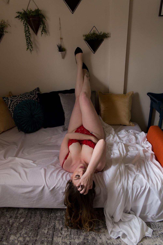 boudoir posing studio Buffalo NY