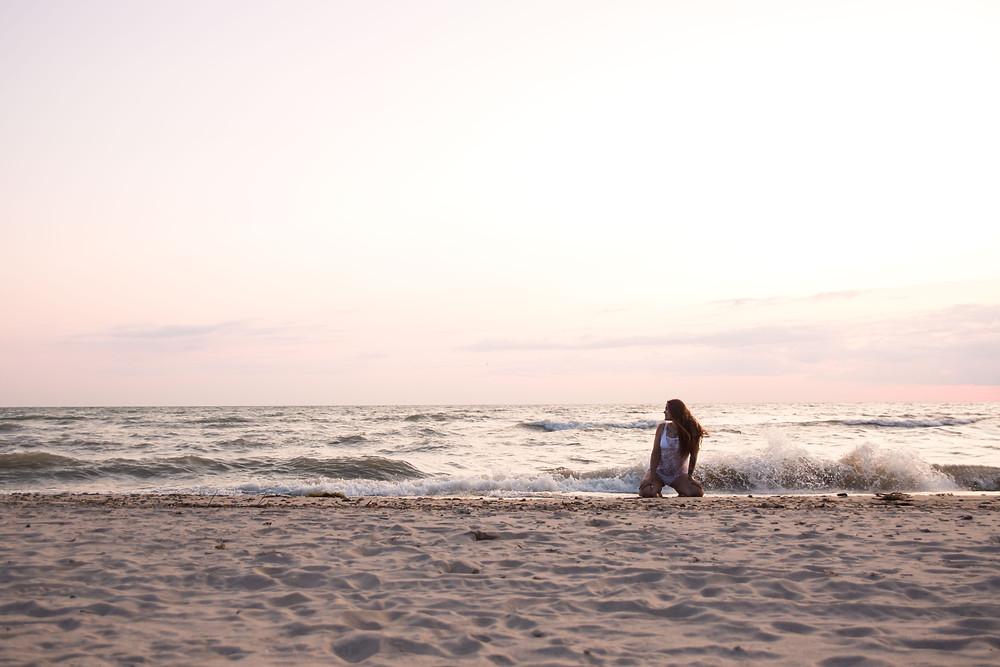 bennett beach new york boudoir session lake erie big waves