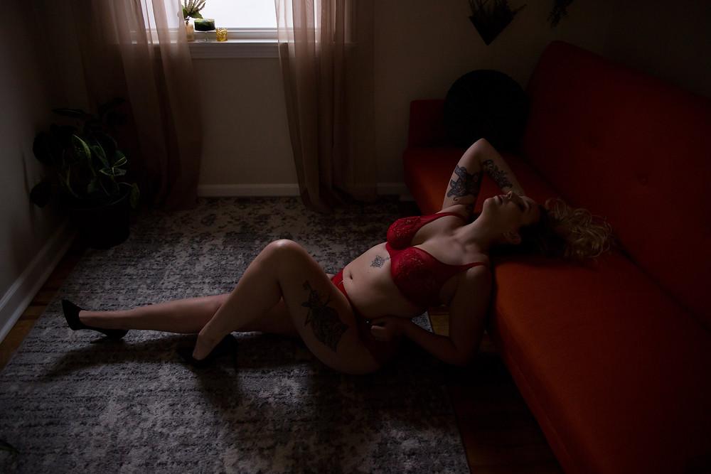 best natural light boudoir photo studio in Buffalo NY