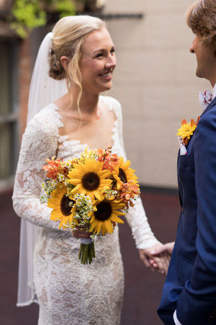 3 reasons to do a first look on your wedding day