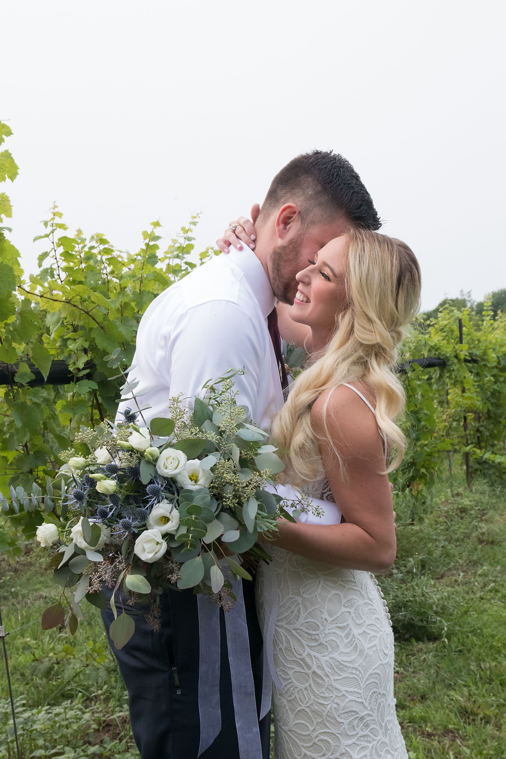 spring lake winery wedding bridal portraits vineyard lockport