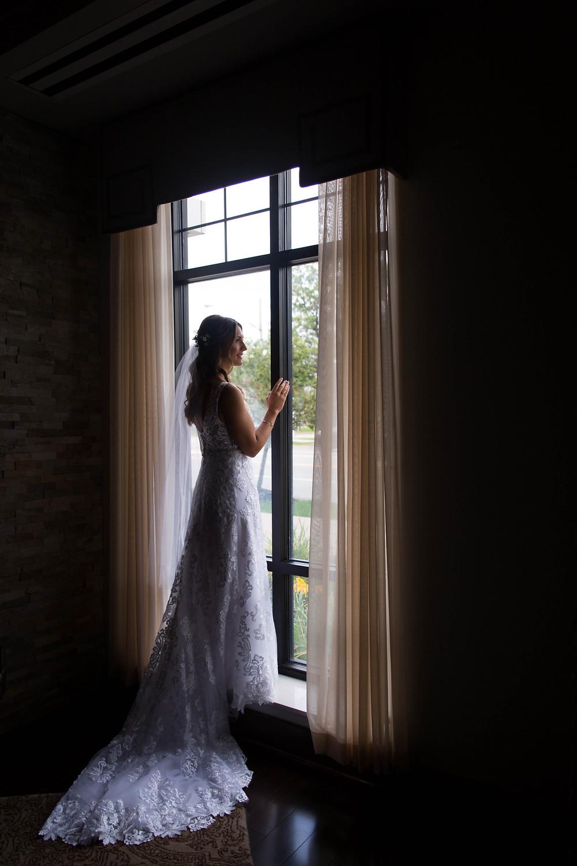 wyndham garden williamsville bride getting ready photo