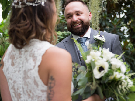 3 Reasons you should say Yes to a First Look on your Wedding Day!
