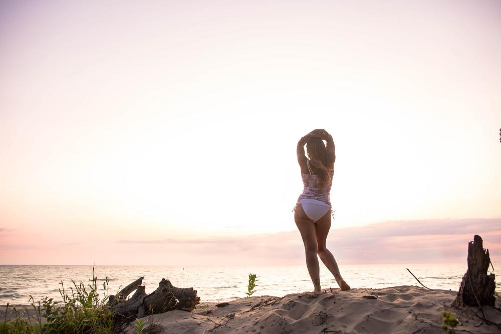 bennett beach new york Beach Babe boudoir session lake erie