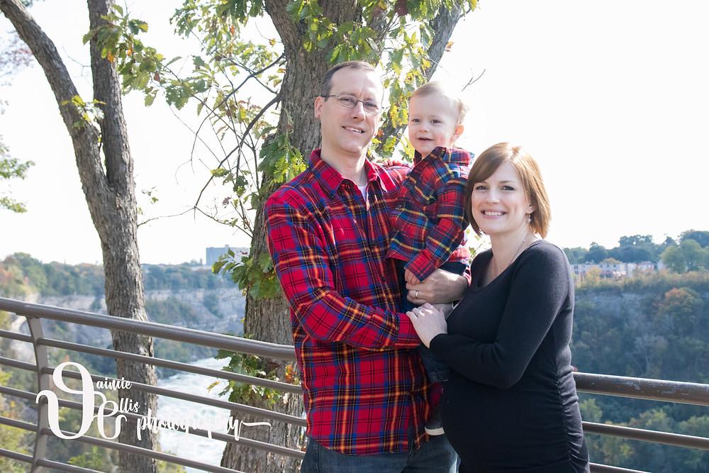 family portrait photo niagara falls