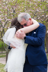 bride hugging dad - 13 must have getting ready photos on your wedding day