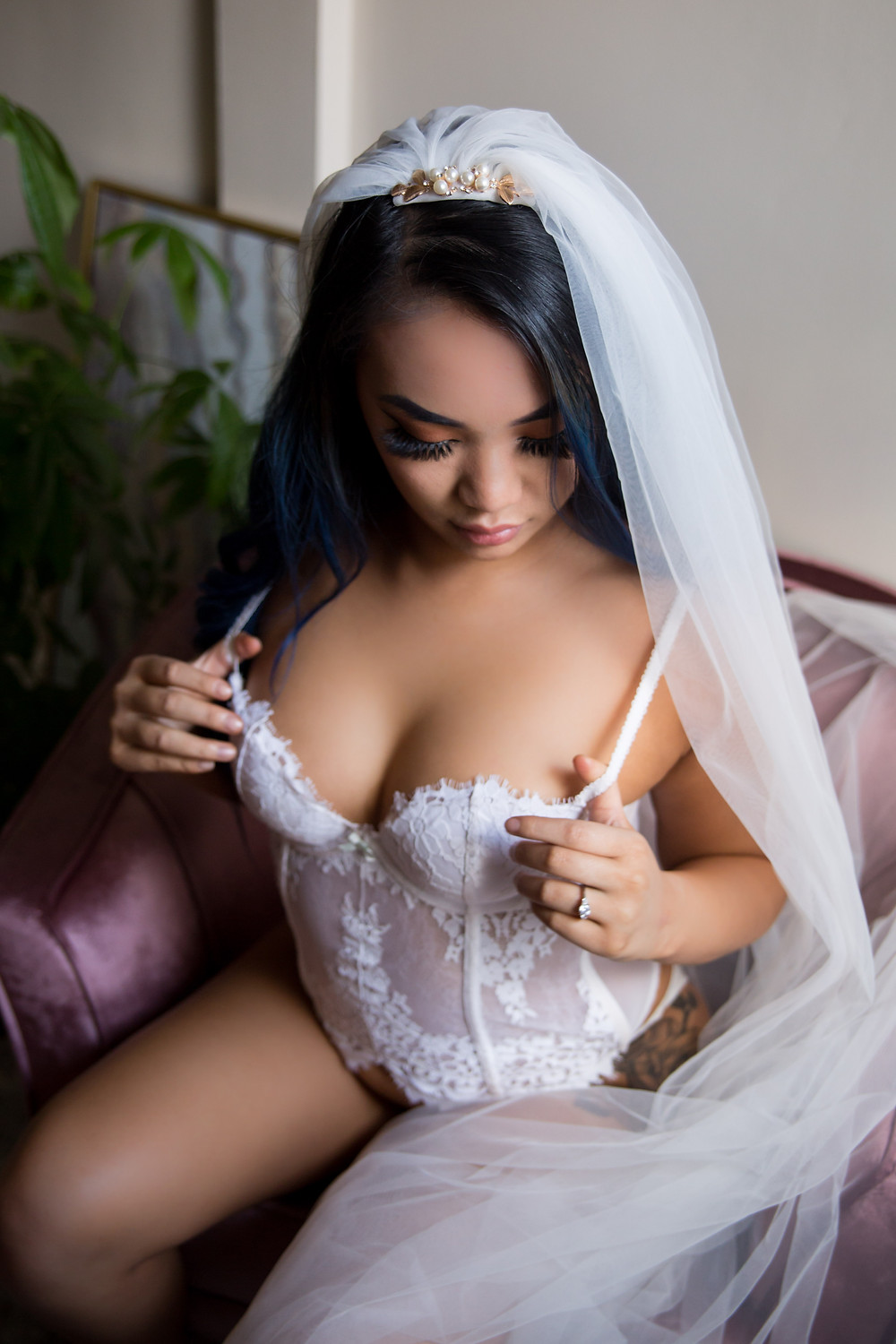 sexy lingerie boudoir photo best wedding gift idea Buffalo NY