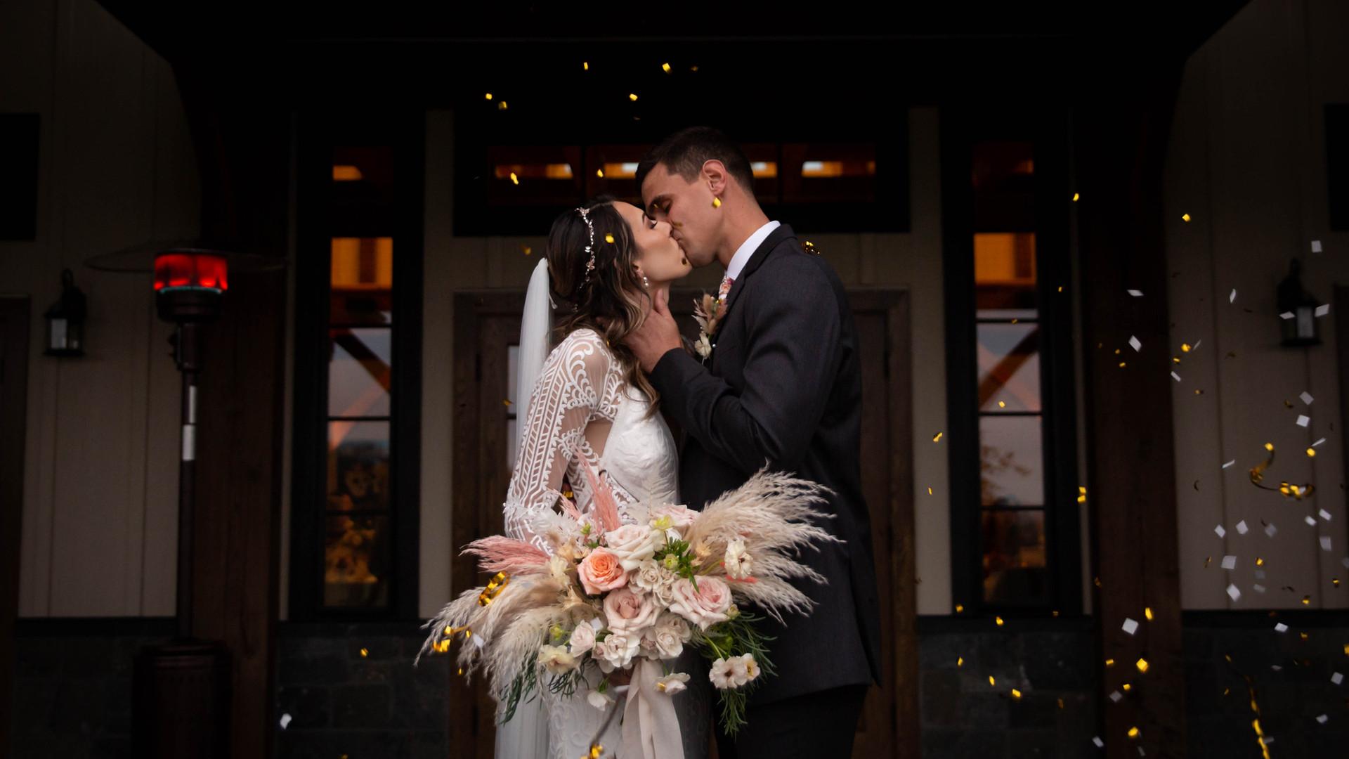 Buffalo high end wedding photographer