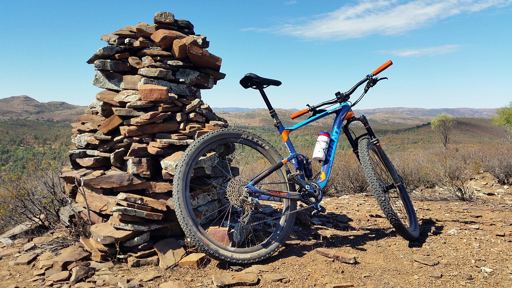 Rocking trails in the outback